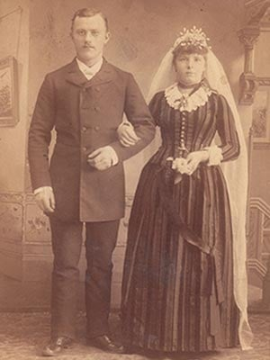 Old Photo - Couple